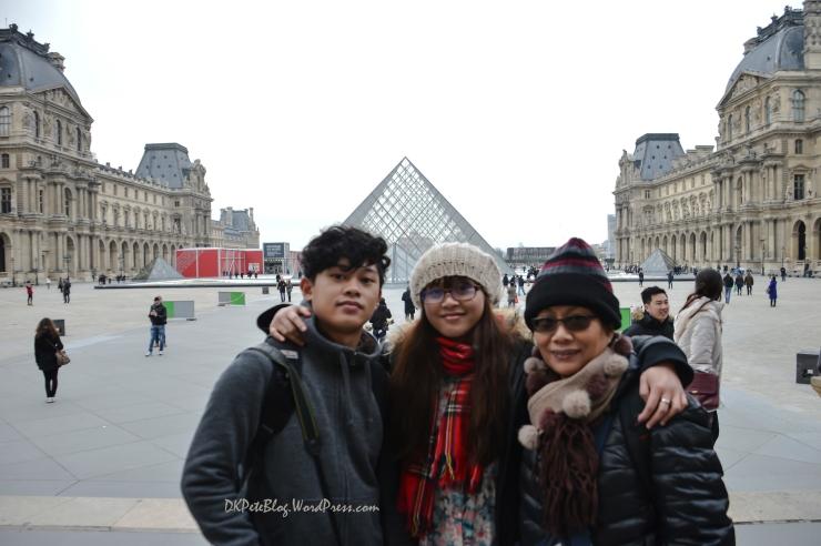 Paris Dec 13-0219